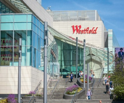Westfield, Shepherd's Bush: works to extend the shopping centre had to be kept separate from the existing structure