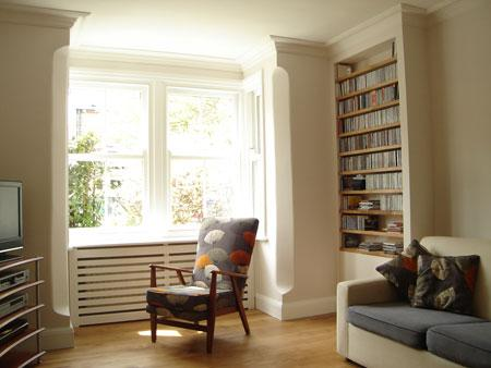 Bookshelves, bay window and insulation